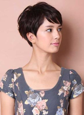 short hairstyles for fine hair,short haircuts for girls,choppy pixie cut,pixie haircut for round face,best pixie cuts 2018,pixie haircuts 2018,pixie cut with bangs,textured pixie cut,pixie cut 2018
