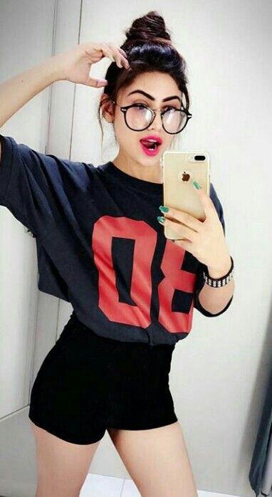 Selfie girls photo,Selfie for girls,hot selfie ideas,Selfie Poses for girls,selfie poses for girl 2018