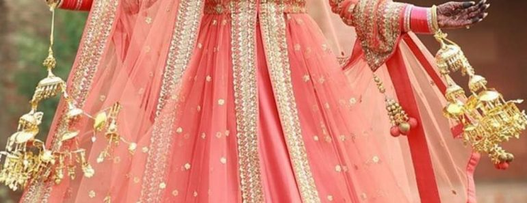 bridal anarkali lehenga,bridal lehenga,anarkali suit,lehenga frock suit,bridal anarkali gowns,bridal anarkali lehenga online,simple anarkali lehenga,wedding suit and lehenga,bollywood bridal lehenga,bridal anarkali lehenga online